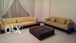 beautiful and spacious Modern bright apartment, pool & gym. Antony