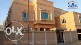 HIDD 5 BR SEMI Luxury 2 storey Villa for rent BD 1400/- all Inclusive