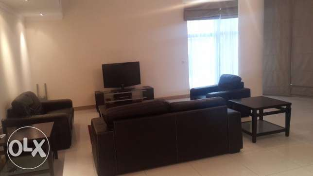 Spacious apartment in Seef 3 BR