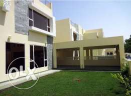 Brand new bright and modern 4br villa with own pool