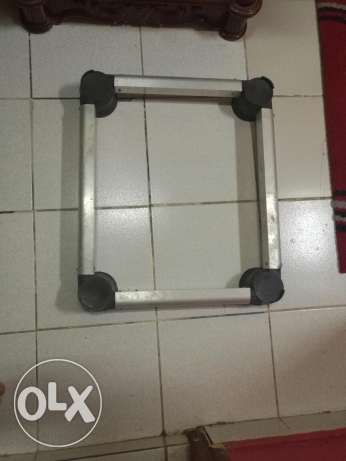 Washer or fridge stand