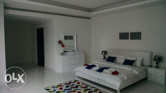 2 BR Fully Furnished Penthouse in Amwaj in Luxury Building