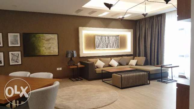 Luxurious 2 Bedrooms Apartment Modern Fully Furnished