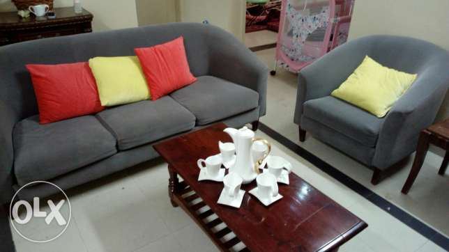 كنب للبيعsofa set for sale