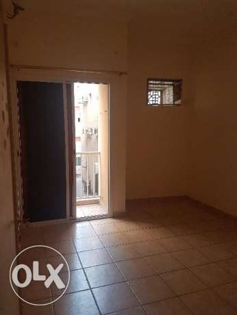 Semi furnished single bedroom flat for rent in Hoora