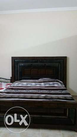 King size bedset urgent to sell