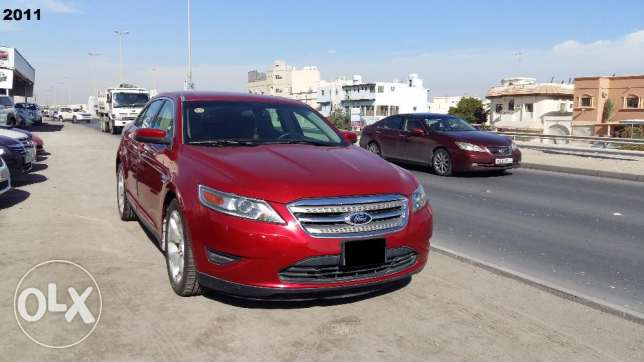 Ford Taurus - 2012 model - For Sale