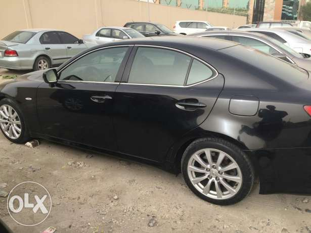 Lexus iS300 model 2008 for sale