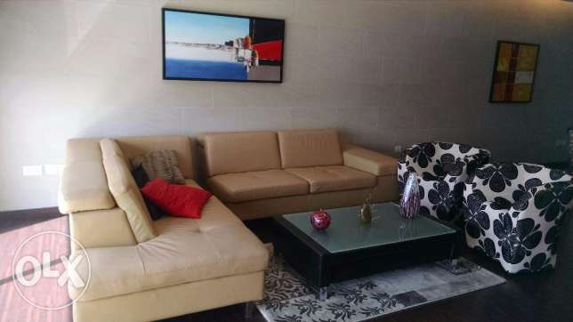 Spacious Luxury and Huge 2BR Fully Furnished Apartment in Amwaj