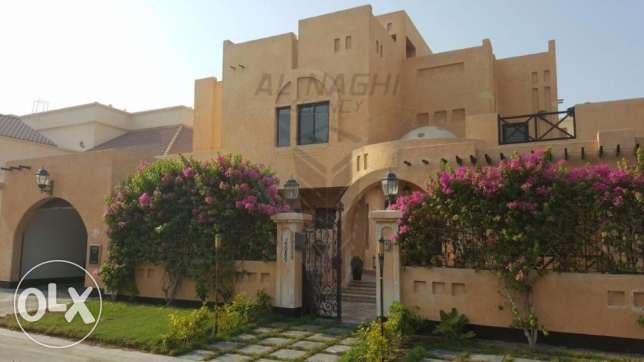 STUNNING ULTRA Modern 4 BR Semi Furnished VILLA in SAAR سار -  1