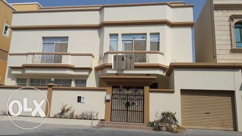 5 bedroom full furnish villa with PRIVATE POOL BD. 1300/- Exc