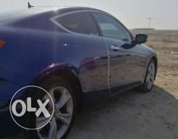 honda accord coupe 2011 full option low milage navy blue