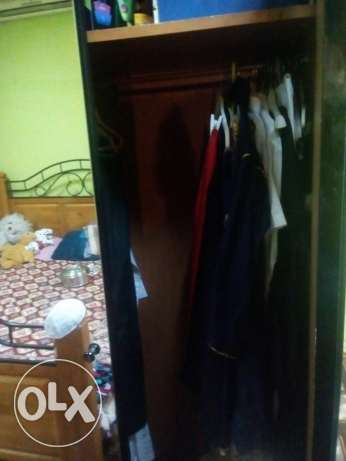 3 door cupboard for sale fully glass good condition made by