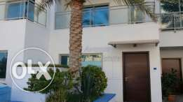 Amwaj: Beach Front 3 BR Semi-Furnished Villa for rent!