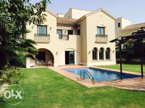 For Sale villa in Hamala compound.
