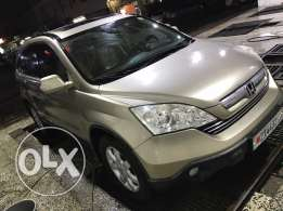 Honda CR-V very clean 100% one hand used