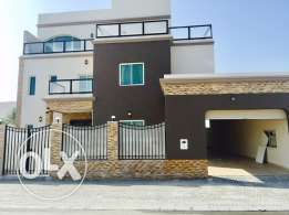 Ultra modern 5 bedrooms Villa for rent in Amwaj-Island.