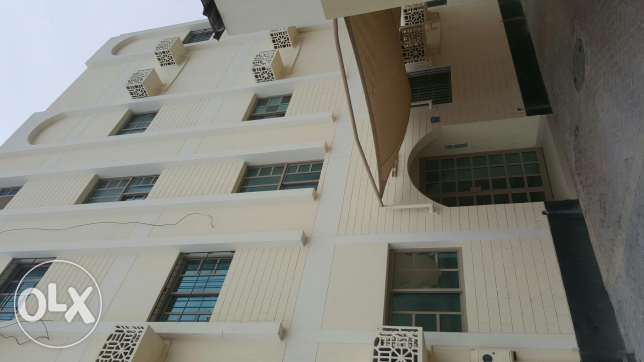 Building for rent in Galali