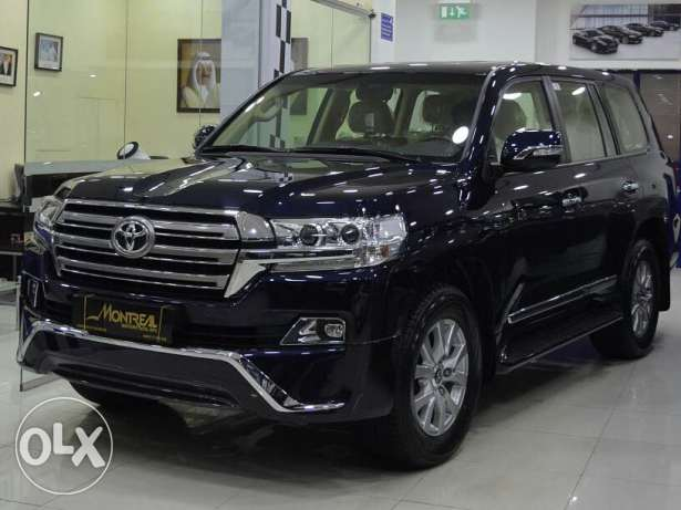 LAND CRUISER - GXR V8 ( 2017 ) / Full option