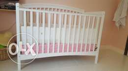 Baby cot 1 set new used for few time