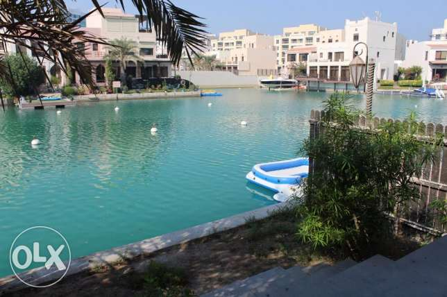 Amazing 3 Bedroom Villa for sale in Amwaj fully furnished جزر امواج  -  2