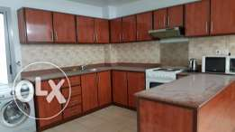 Spacious 3 Bedroom Ff Apartment ** Busaiteen **