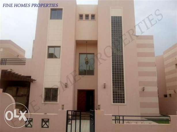 (Rf No: SRM15) Fully Furnished Grand Villa At Saar Area