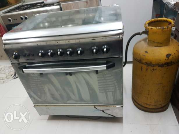 Cooking range with gas cylinder for sale