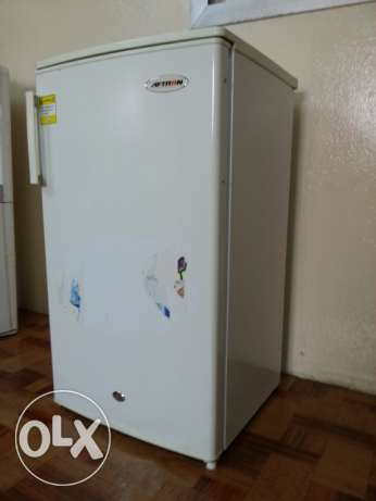 Small Aftron Fridge. Come First Take First. 25 BD Fixed Price.