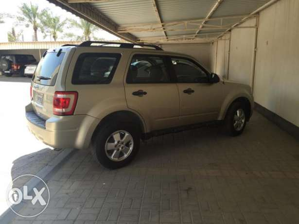 ford escape 2011 السيف -  7