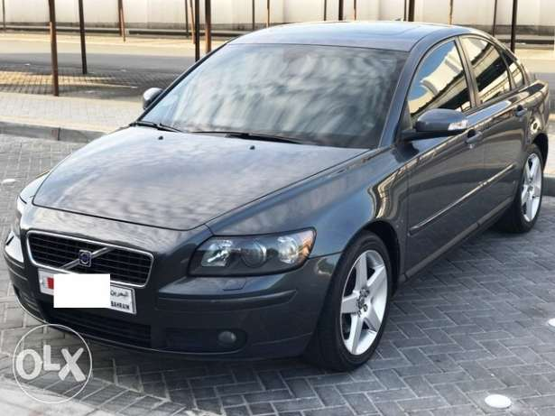 Volvo s40 fully loaded 2.5 t5 turbo 5 cylinder الرفاع‎ -  2