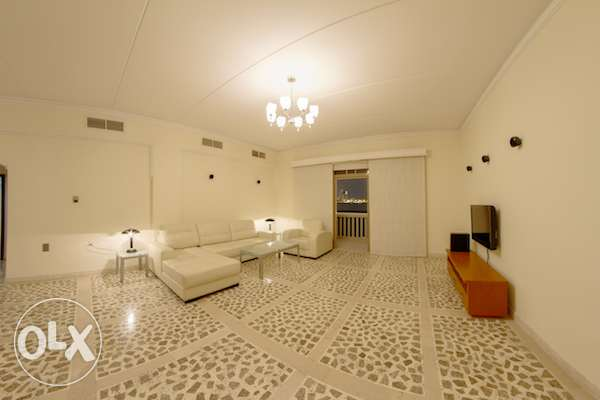 TUBLI-FULLY FURNISHED-2BHK-CENT AC,Pool,Gym,Jacuzi,Sauna,Squash Court
