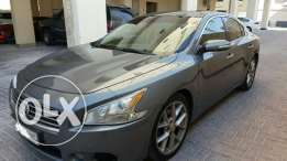 Nissan maxima full option 2011