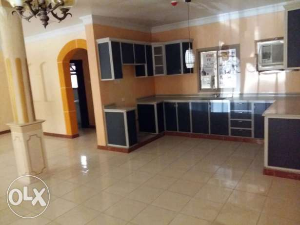 Spacious SF 2 BR flat in Bani Jamah