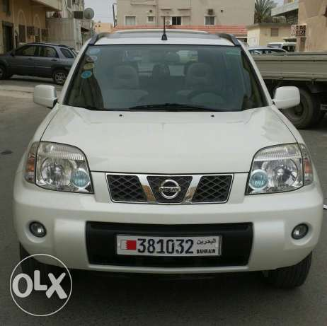 Urgent sale Nissan xtrail single lady owner accident free agent servic
