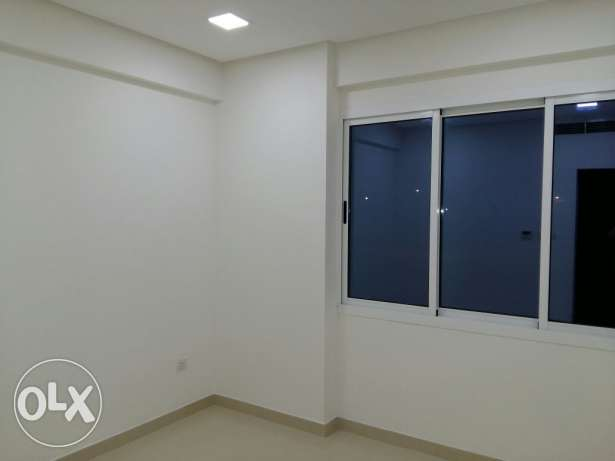 New hidd, 2 BHK apart Semi furnished/ balcony7