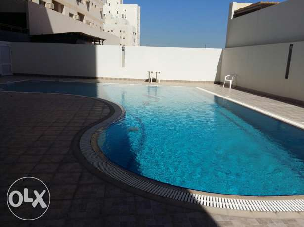 Rifa3/ Buhair/ 3BHK flat / Semi furnished with gym & pool