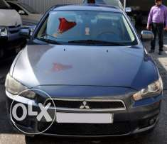 Mitsubishi Lancer good condition non accident provides bank loan