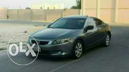 Urgent sale Honda accord coupe 2010