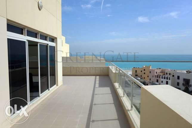 Executive 3 Bed Penthouse Flat in Amwaj!