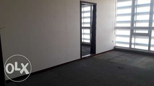 275m2 office space for rent at very reasonable rent in Manama BD. 600/