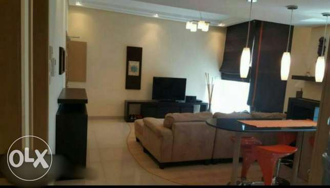 2br flat for rent in juffair جزر امواج  -  1