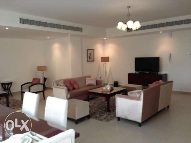 Beautiful three bedrooms Apartment available in Mahooz