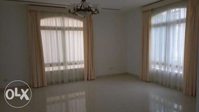 4 BR Semi Furnished Beach Villa For Rent in Saar