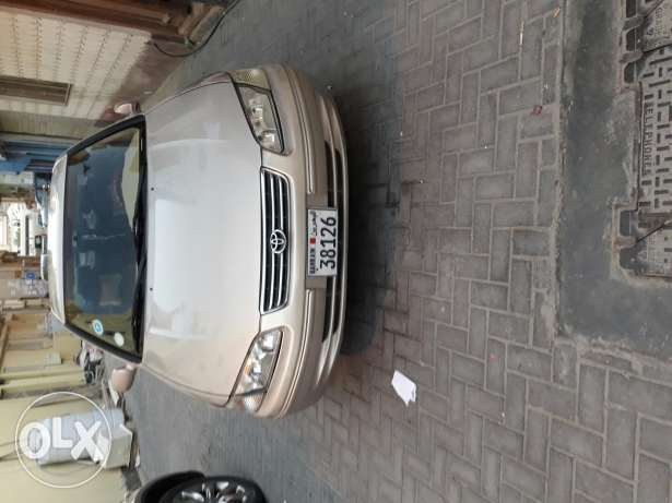 Camry car this is good condition and new tiar