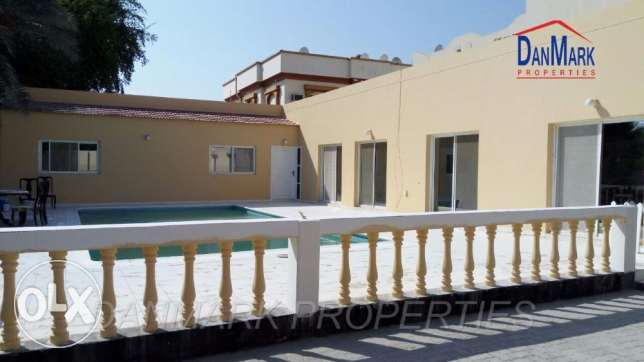 BD 800/ 3BR SEMI Single storey Villa with Pvt.Pool for rent INCLUSIVE
