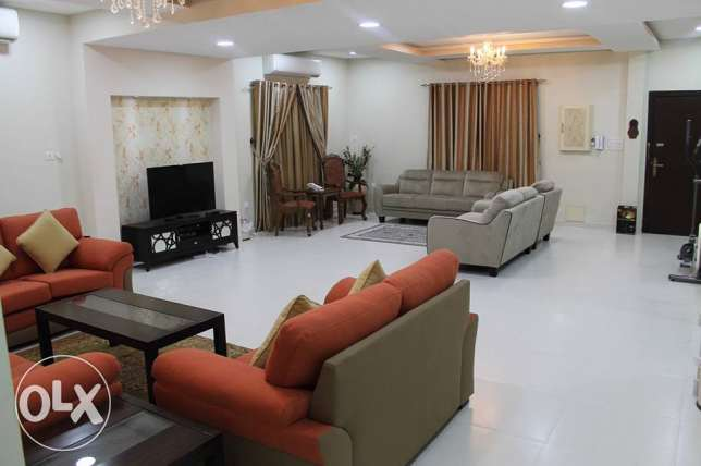 3 BR Fully Furnished Apartment Like Villa in Galali Near Amwaj