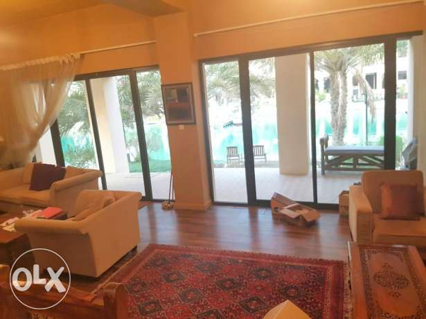 Fully Furnished Villa For Rent AtFloating City (Ref No: AJM10) جزر امواج  -  2