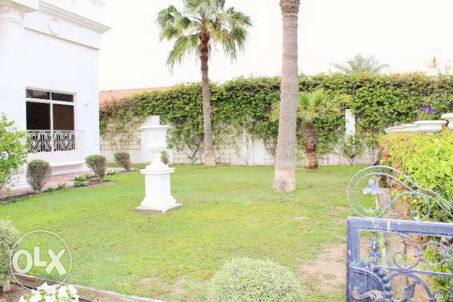 4 Bedroom beautiful s/f beautiful Villa in Saar