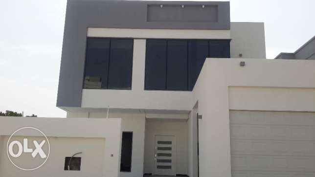 Modern Villa with Swimming Pool in VIP Area of Saar